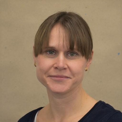 Tandlæge Thea Edvardsen